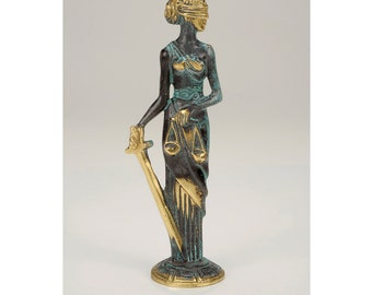 Ancient Greek Goddess Themis,Greek Titaness,Of Good Counsel,Titan goddess of divine law and order