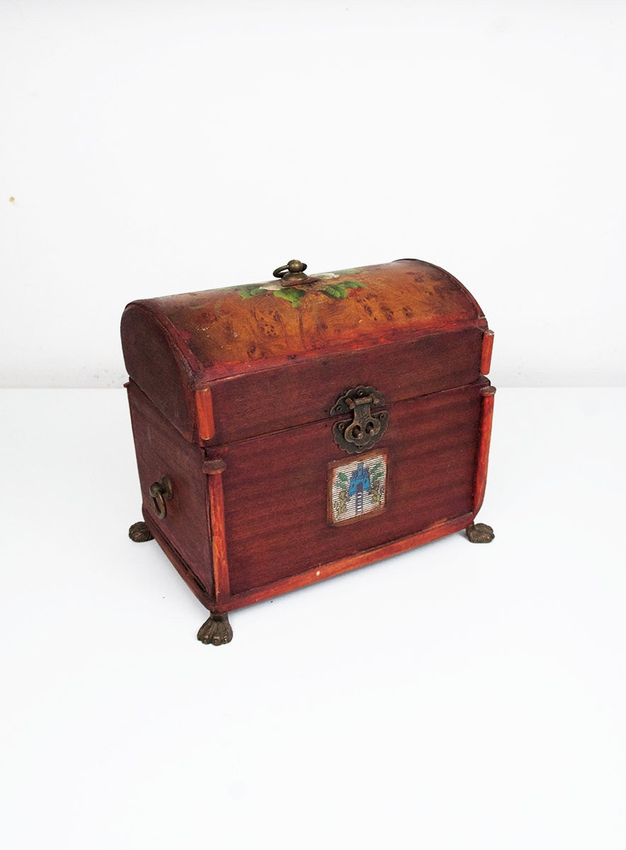 Vintage wooden trunk treasure chest small