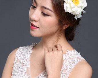 HailieStudio Handmade Women's White Floral Bridal Headband Headpiece