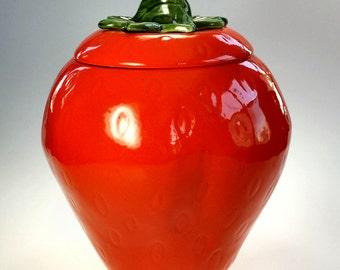 Maurice of California Strawberry Cookie Jar Ceramic Vintage Red Orange
