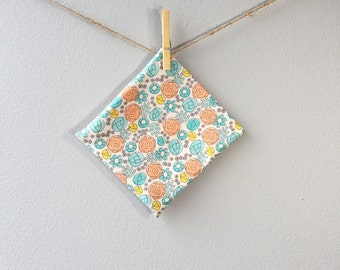Organic Reusable Snack Pouch, Fabric Snack Bag, 100% Organic Floral Whimsy Egg
