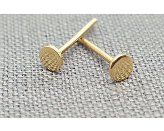 Yellow gold 3mm stud 001GS