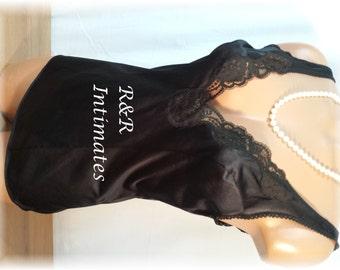 Vintage Vassarette Black 100% Nylon and Lace Trimmed Camisole, Size 34