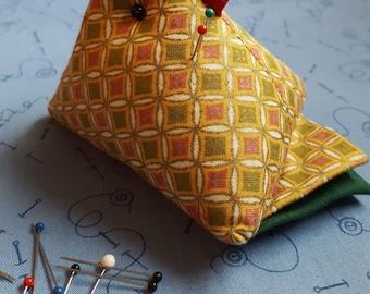 Pincushion, Chicken, Cathedral Window, Quilting, Sewing, Crafts, Chicken Pincushion, Pin Cushion, OOP Fabric