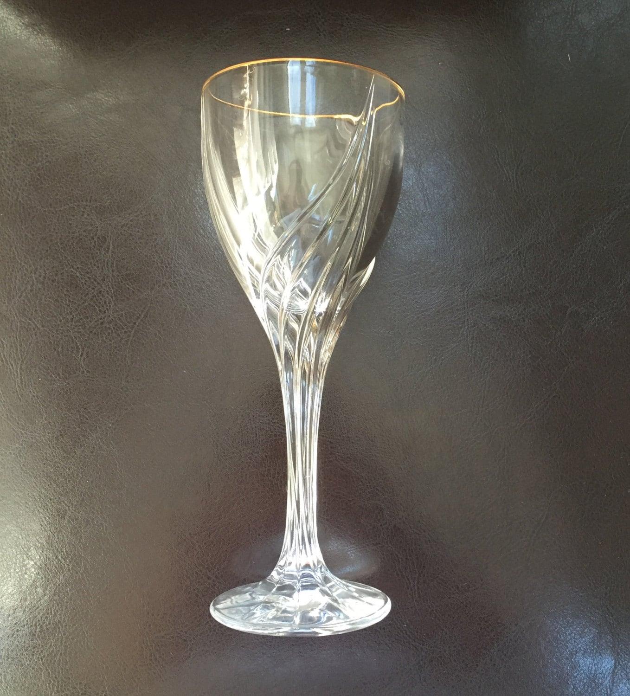 Beautiful Set Of 8 Lenox Courtyard Gold Crystal Wine Glasses