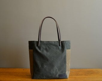 Waxed Canvas Shoulder Bag with Side Pockets and Leather Straps - Olive