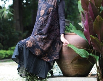 Artistic collection...Sunflower layers dress 2 layers in Black (1160)