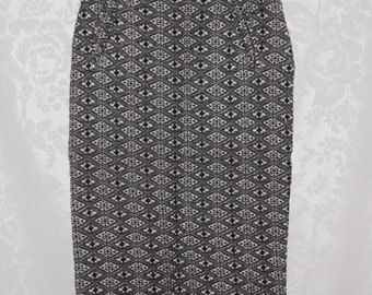 Benetton Two Piece Jacquard Knit Suit Size Small Vintage 80s