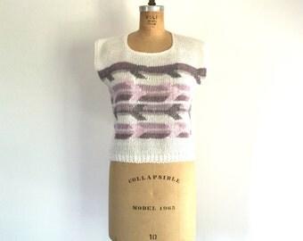Vintage 1980s Arrow Chevron Stripe Knit Top White Pastel Purple M