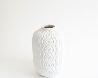 Mid Century Modern Matte White Porcelain Vase // Vintage Home Decor // Heinrich West Germany