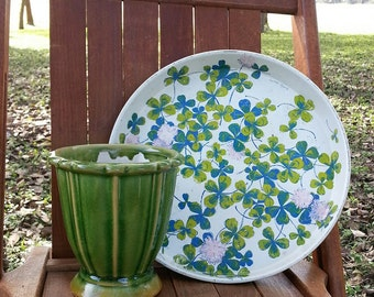 Vintage Lucky Clover Tin Round Platter Signed Luther Travis
