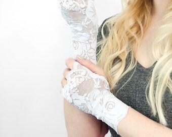 White Lace Fingerless Gloves, White Gloves, Wedding Gloves, Short Gloves Bridal Tattoo Cover Up Boudoir Burlesque Cosplay Dress Gloves Party
