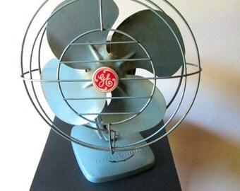 Vintage General Electric Fan 1950s Turquoise Blades