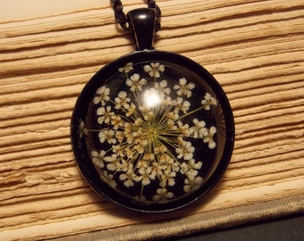 Black and White Queen Anne's Lace Necklace