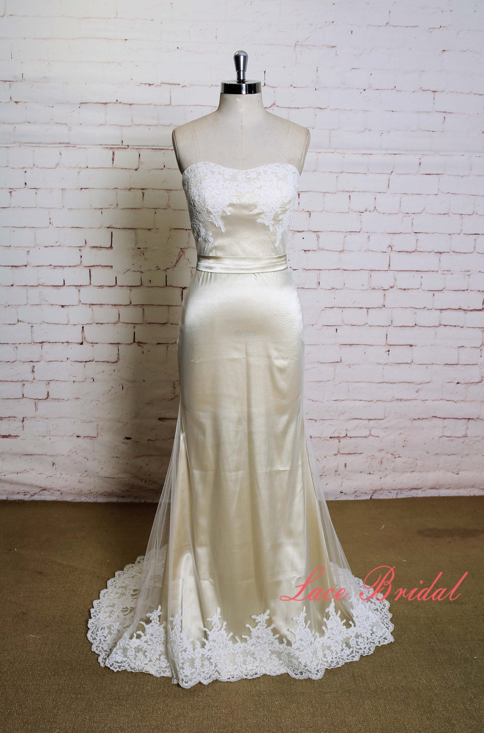 Simple Tulle Sheath Style Wedding Dress With Ivory Lace