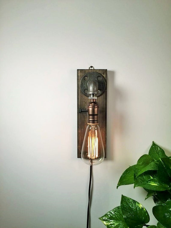 Rustic Sconce wall Lamp-Rustic home decor-Rustic wall decor-Sconce lamp-Industrial Lighting-Steampunk lamp-Housewarming Gift for men