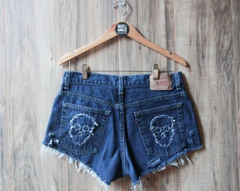Levi high waist vintage denim shorts | Ripped distressed shorts | Embroidered skull patch | Ripped vintage festival hipster shorts