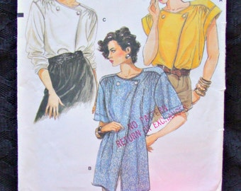 Vogue 9526-Vintage Pattern-Misses Blouse-Size 6-8-10-Bust 30 1/2-32 1/2-Very Easy Vogue-Very Loose Blouse-3 Different Views-Paper Pattern