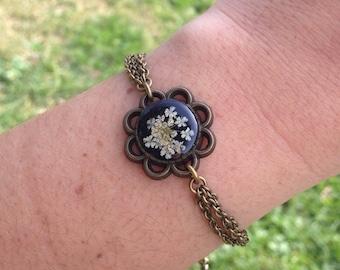 retro bracelet, victorian bracelet, vintage bracelet, unique gifts for her, handmade jewelry, pressed flower bracelet, cute bracelet