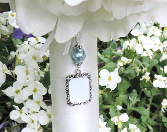 Wedding bouquet charm with Slate blue shell pearl and small picture frame. Something blue Bridal bouquet charm. Bridal shower gift