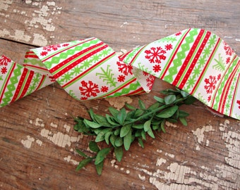 Red and Bright Green Nordic Fair Isle Snowflake Wired Grosgrain Ribbon