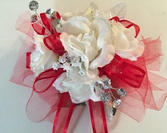 Graduation White Rose Silk Wrist Corsage, Prom Corsage, Homecoming Corsage, Silk Corsage