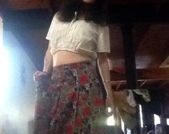 VINTAGE 80's highwaisted red rose floral skirt
