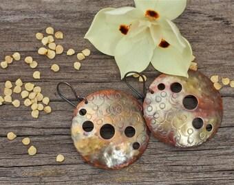 Copper earrings Copper jewelry Rustic earrings Patina copper Moon earrings Boho earrings Mixed metal earrings Metalwork earrings Bohemian