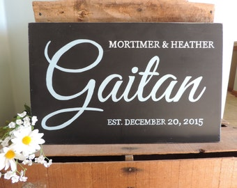 Personalized Family Name Sign, Wedding Gift, Wedding Shower Gift, Hand Painted Wooden Sign
