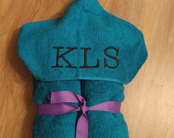 Monogrammed/Embroidered Hooded Bath Towel for baby/child