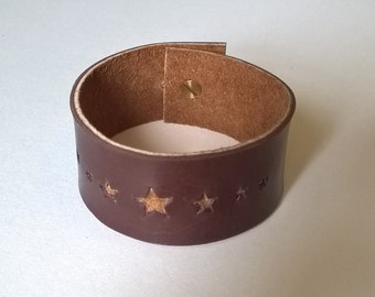 Star punched Cuff. Hand Made Leather. Brown calf leather.