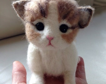 New born kitten,life size,  Animal Needle felted Cat felted Kitten felted Tabby cat needle felted pet gift