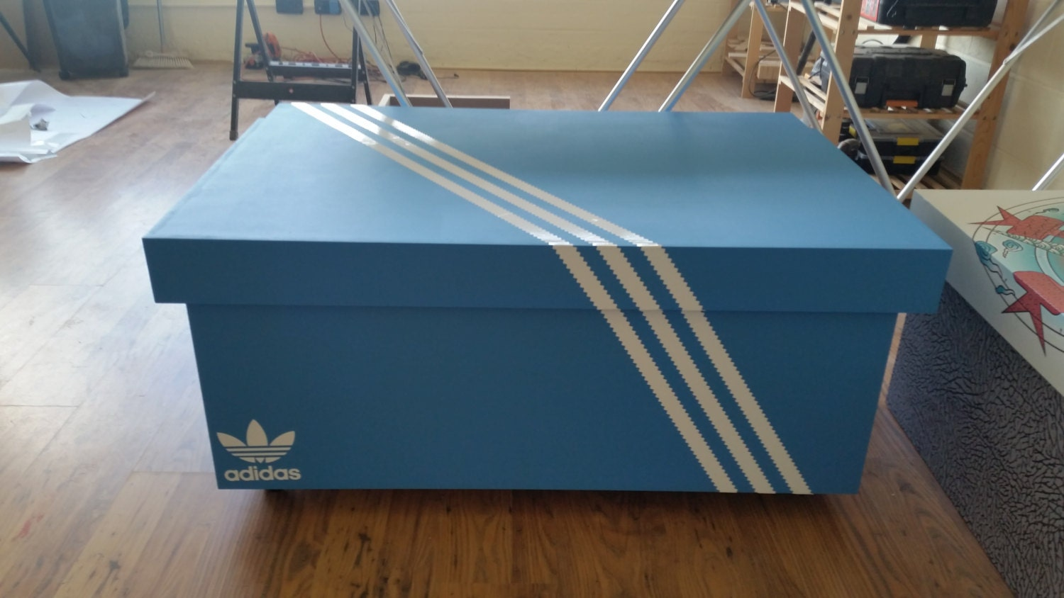 Xl giant trainer sneaker storage box adidas gift for him - Boite a chaussure decoree ...