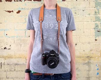 Camera strap Personalized camera strap Engraved camera strap Monogramed camera strap Horween leather camera strap DSLR camera strap Gift