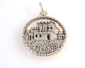 Sterling Silver TAOS PUEBLO Charm Pendant New Mexico Native American Travel Places Tourist .925 Sterling Silver New tr36