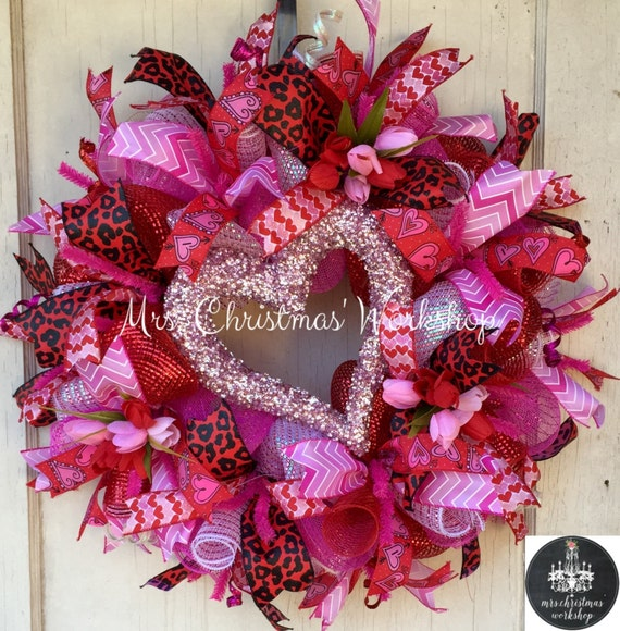 valentine wreaths for your front doorValentines Day Deco Mesh Wreaths Page Five  Valentines Day Wikii