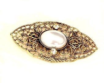 Vintage Brooch with Pearl Cabochon , 58x29mm (B1-11)