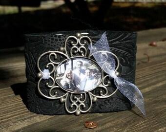 Sweet~Face Leather Cuff Photo Bracelet