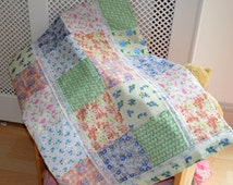 Patchwork baby blanket, Personalised baby blanket, Customised baby blanket, Baby girl patchwork blanket, Girls bedding, Vintage Baby quilt