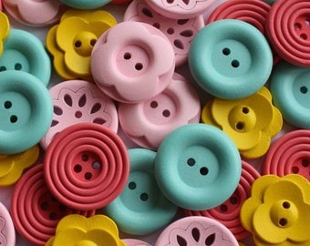 40x25mm Large Wooden Buttons Flower Pink Yellow Peach Green Craft Embellishment