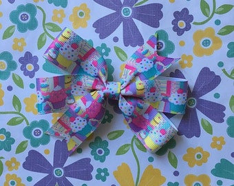 Cupcake Ribbon Bow