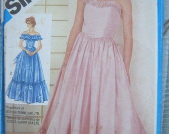 Vintage Sewing Pattern Gunne Sax Formal, Prom Dress, 1980s Ball Gown Size 12 Uncut Simplicity 6386
