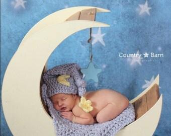 Newborn Moon Nightcap and blanket