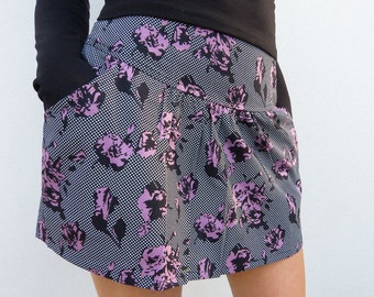 """ZELIE """"Baby Jane"""" mini skirt with pocket printed with roses and dots"""