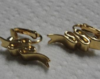 Ribbon Gold Tone Clip Earrings