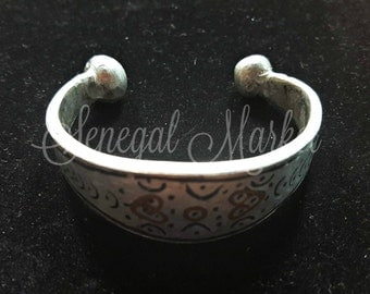 Traditional aluminum ring and bracelet