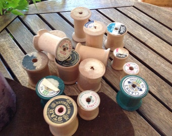 Lot Of 15Vintage Wood Thread Spools Coats & Clark's, Star, Giant