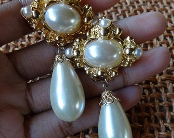 vintage nordstrom gothic pearl earrings couture runway dangle pendant ch@ne!