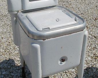 Washing Machine Wringer Washer Vintage Mid Century Maytag Square Tub e