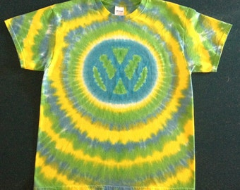 Tie Dye VW T-shirt shirt hand made customizable FREE SHIPPING Tye die Tie Dyed Volkswagen Symbol